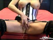 raunchyminx – watersports and lolly pop fun