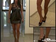 Busen-Maus – Sexy Lady in High Heels
