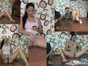 Wet-Kelly – Pee on my pants while messaging