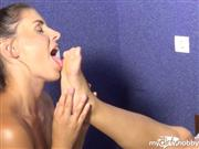 PrincessNikki – Real deep foot worship