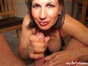 SEXbombKAY – Sucking and sitting on a penis