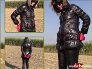 bondageangel – On the field in a shiny jacket and handcuffs