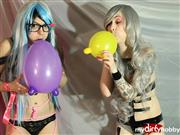 ElLuno – Nerdy girls and balloons