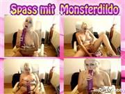 BiancaDeluxe – Spass mit Monsterdildo
