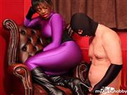 SadoMasoBoy – Face-Sitting in dem Red Room Teil 2