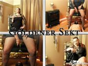 Mistress-Plastique – Goldener Sekt