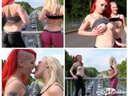 Lara-CumKitten – STAU Entertainment – Public Flashing rot blond