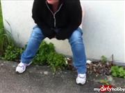 SexyMolly82 – Public Pissing
